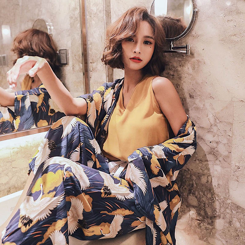 4Pcs Women   Pajamas     Set   Comfort Cotton Satin Elegant Crowned Crane Printed Sleepwear Coat+Vest+Pants+Shorts Homewear Leisure Wear