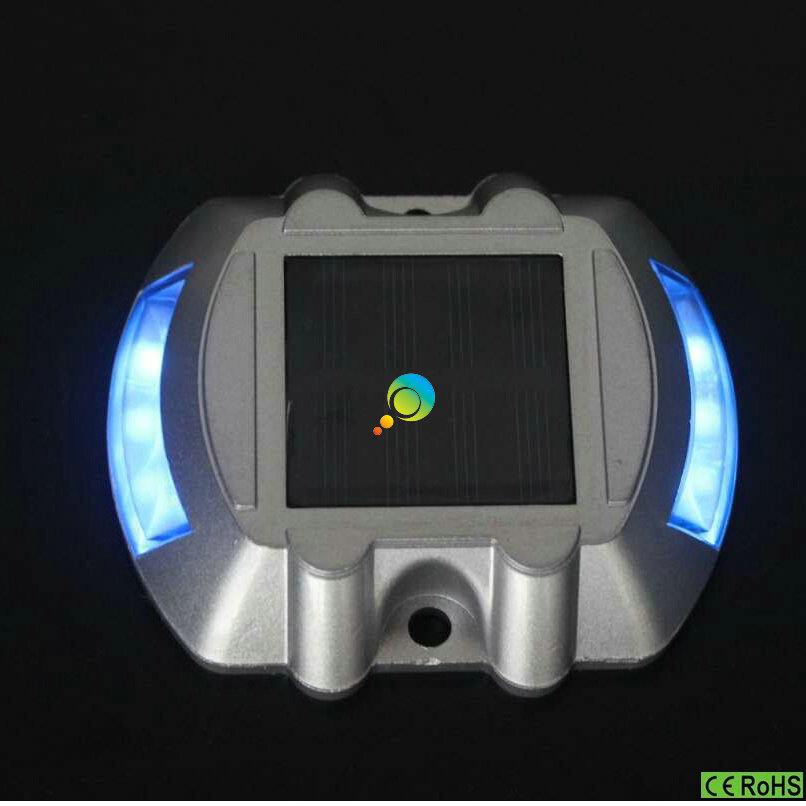 Cheap Price Blue Epistar LED Waterproof Horseshoe Design Solar Energy Road Stud Light