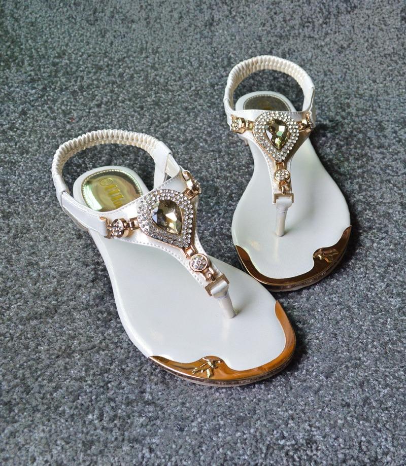 где купить  Hot selling Summer woman beach sandals fashion diamond elastic clip toe sandals rubber flat shoes Leisure Soft sandals women  дешево