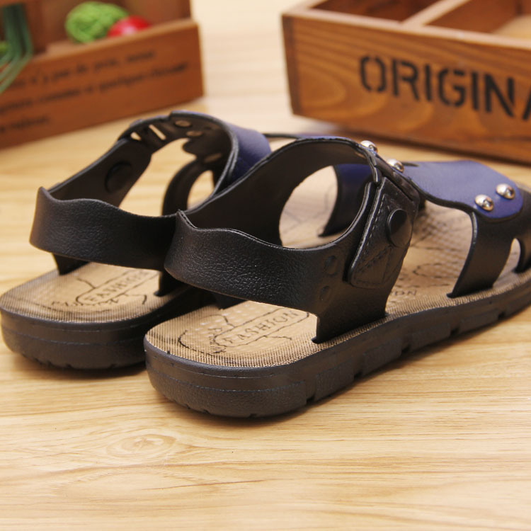 children s fashion sandals boys beach shoes buckle baby sandals outdoor kids non - slip flat shoes size23-35 Summer
