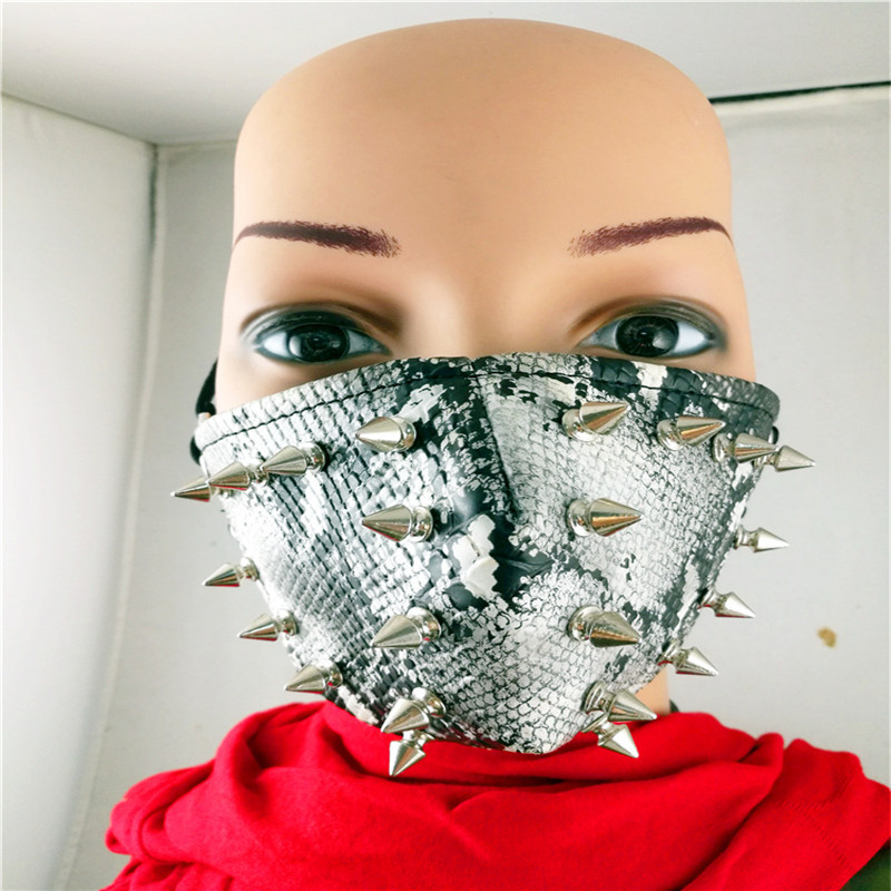 10pcs/Pack Hipster Performances Masks Rock Mask Serpentine Spikes Men And Women Personalized Motorcycle Dust Windproof Masks 10pcs pack new influx of people performing masks ghoul stage masks men and women personality dustproof windproof masks