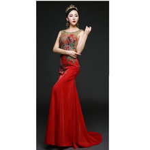 Red Satin Abendkleid Blumenmuster Sleeveless Bodenlangen Orientalischen Frauen Abendkleider Benutzerdefinierte Größe