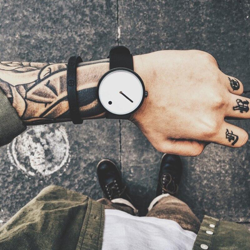 Top Marque Creative Quartz montre hommes De Luxe Casual Noir Japon quartz-montre Simple Designer De Mode bracelet horloge mâle Nouveau