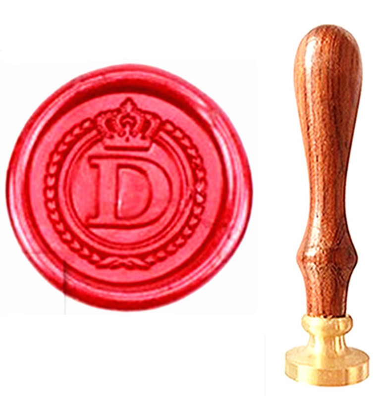 где купить MDLG Vintage Alphabet Letter D Crown Wedding Invitations Gift Cards Wax Seal Stamp Stationary Sealing Wax Stamp Wood Handel Set дешево