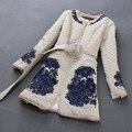 Высокое качество новинка 2016 зимние женщин потрясающие вышивка хлопок-ватник верхняя одежда плащ