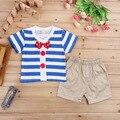 2017 nuevos muchachos ropa de verano Europeo de solapa corbata a rayas camisa + pantalones cortos de dos trajes de vestir de los niños