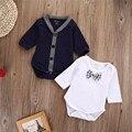 2 PCS Bebê Recém-nascido Bodysuits Menino Botão Cardigans Camisola Estilo Casual Brasão Pequeno Cavalheiro Jumpsuit Outfits Roupas