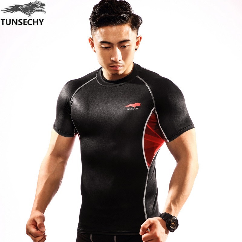 TUNSECHY 2017 Brand body strong Round collar short sleeve T-shirt fashion Digital printing tight T-shirt Free transportation