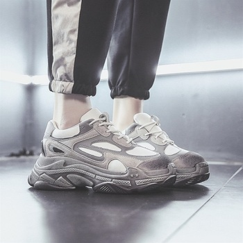 662caddaae Tênis de Plataforma de moda 2019 Novas Mulheres Primavera Sapatos  Plataforma Mulher Sapatos Casuais Selvagem Feminino Lazer Flats As  Sapatilhas Das Mulheres