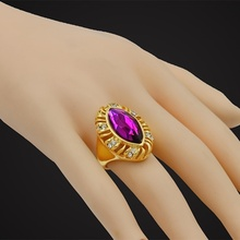 Big Red/Pink/Green/Purple Crystal Zircon Gold Mens Jewelry Wholesale Retail Ring for Women Size 7-10