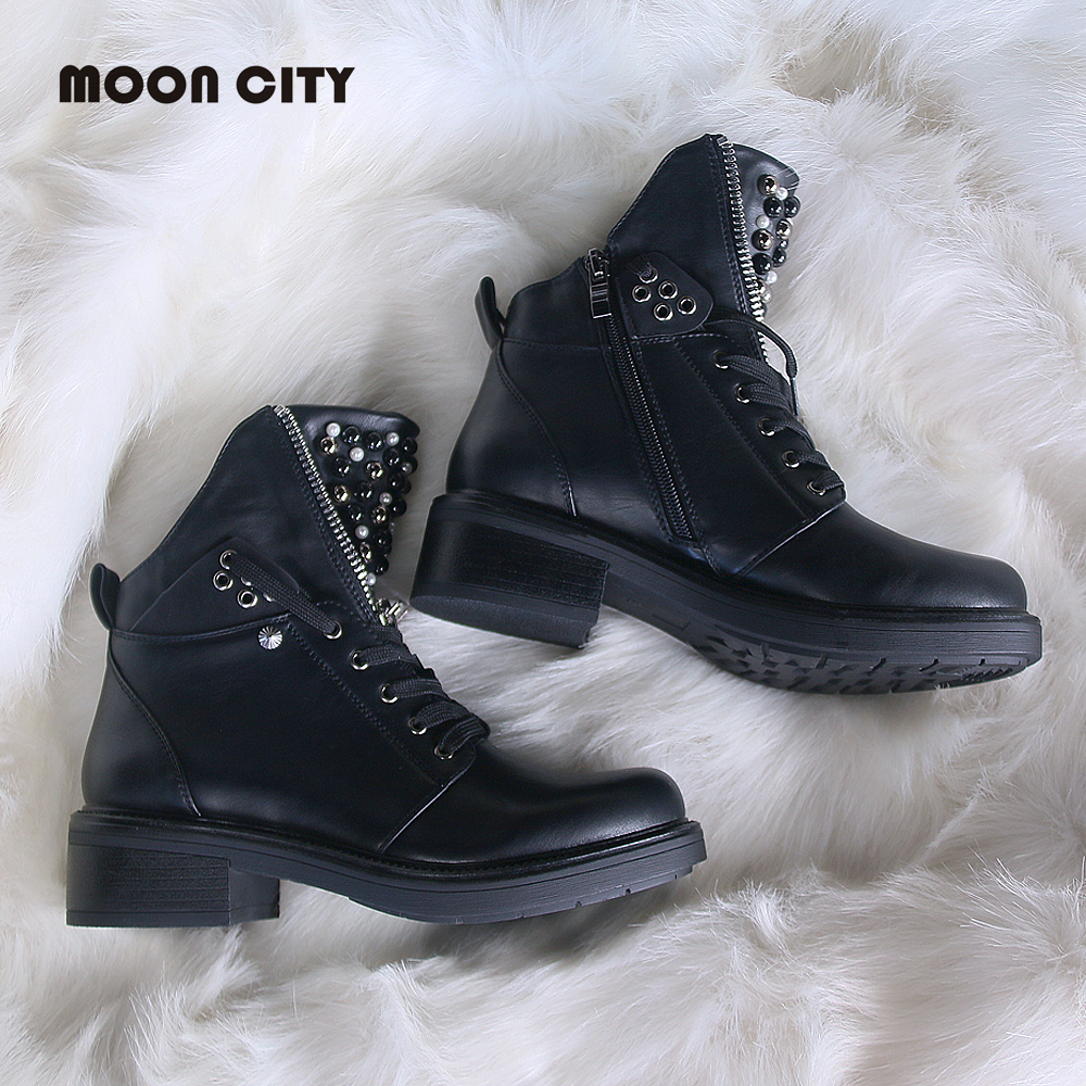 Image 3 - 2019 women Fall boots flat leather boots women's pearl round head short boots for women Martin boots wedge motorcycle boots-in Ankle Boots from Shoes