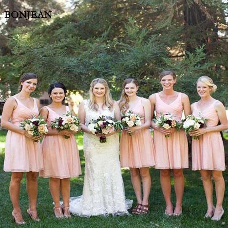Simple a-ligne robes de demoiselle d'honneur v-cou rose sans manches courte en mousseline de soie robe de demoiselle d'honneur fête robes de bal sur mesure