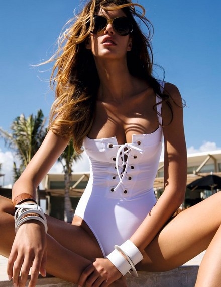 2019 NEW White Black Red  bandage one piece swimsuit strappy one piece swimwear  bathing suit vintage white monokini