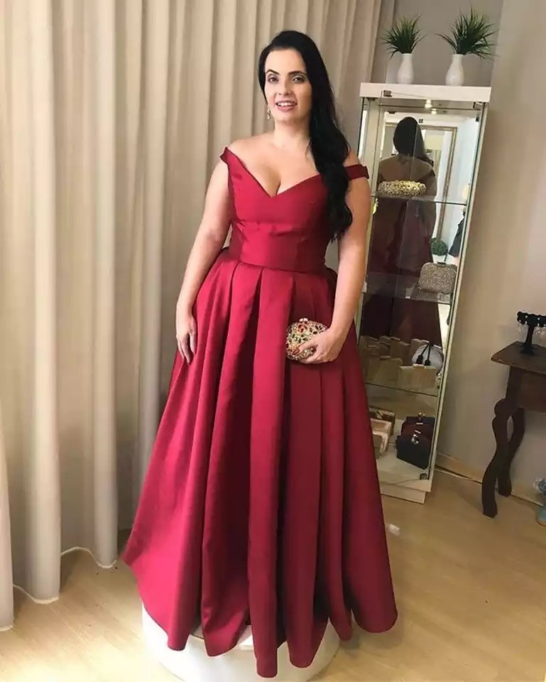 Red V-Neck Sleeveless Floor Length Lace Up Back A-Line   Bridesmaid   Gowns Cheap Long   Bridesmaid     Dresses