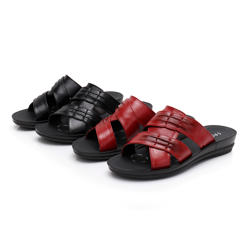 0789a9342257 YAERNI-Women-Slippers-Shoes-Genuine-Leather-Retro-Black-Red-Flat -with-Mother-Shoes-Flip-Flops-Women.jpg