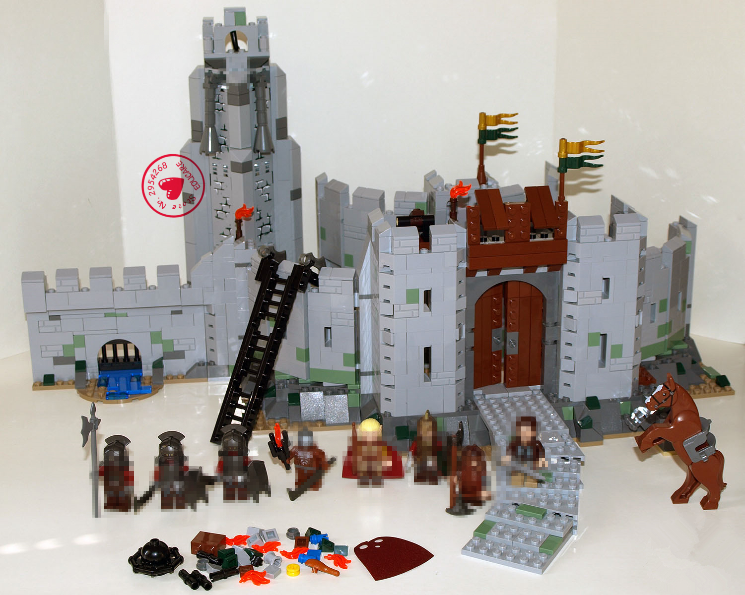 цена на New The Lord of the Rings Battle Of Helm' Deep fit legoings castle Lord military figures Building Block Bricks 9474 gift kid toy