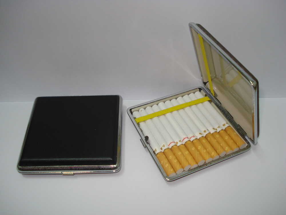Cigarette case   Cigarette case 20 - Household Merchandises