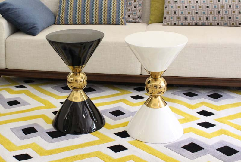 Nordic style sofas corner side table creative modern coffee table phone small coffee tables in Coffee Tables from Furniture