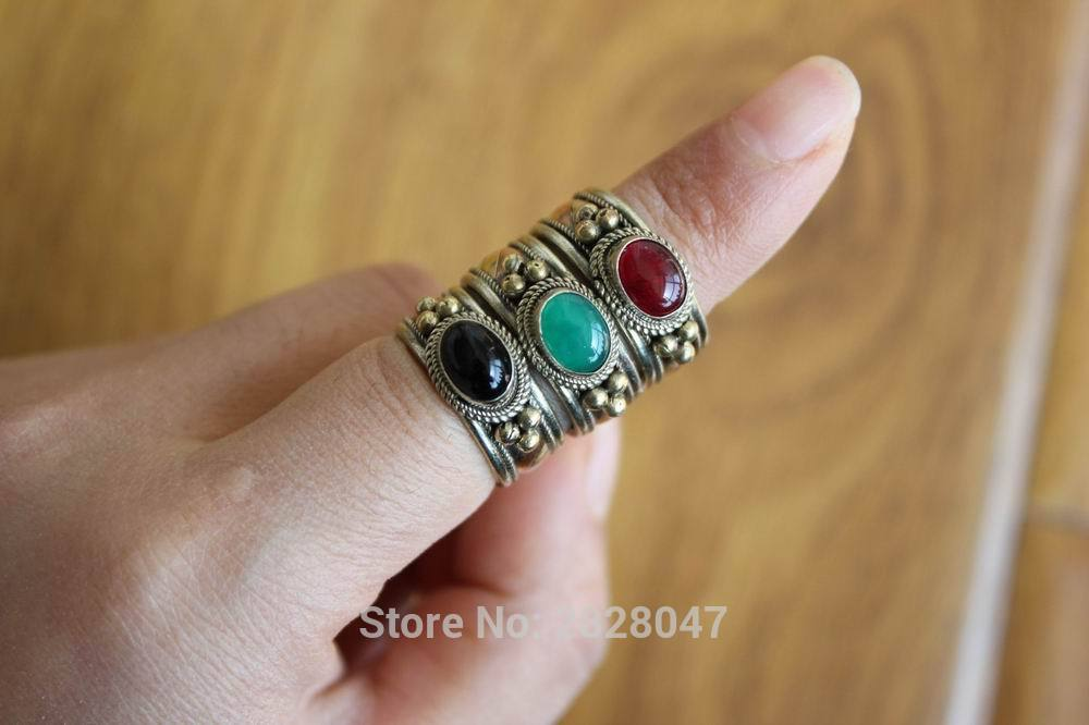 RG309 Ethnic Tibetan Copper Inlaid Colorful Onyx Stone Women Rings Handmade Nepal 8mm Wide Girls Fashion Nastavitelný prsten