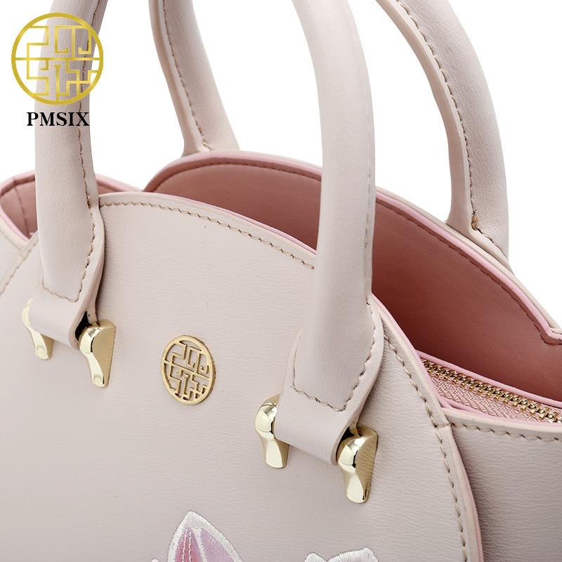 01f16a2cb Pmsix mujer bordado Lotus bolso de las mujeres de la moda hombro Crossbody  bolsa de alta calidad de moda famosa marca P120123 en Cubos de Bolsos y  maletas ...