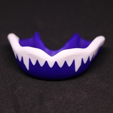 FGHGF 1PC Mouth Guards Junior Fit Sports Mouthguard for Kids/Youth/Adults/Girls Football Rugby Teeth protection BLUE