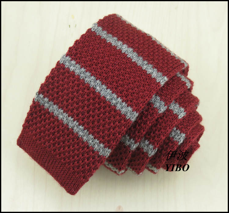 100% wool MENS FASHION retro knitted tie/wine red and grey Horizontal stripes desgin/The high quality Narrow neck ties