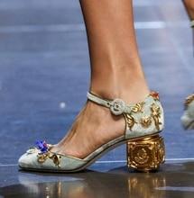 Luxury Design Genuine Leather Women Pumps Fretwork Angel Square Heel Women Wedding Shoes Metal Crystal Runway Mary Janes Shoes