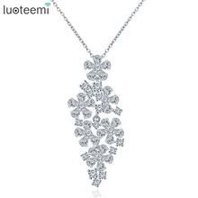 LUOTEEMI New Trendy White Gold Color Sparkling Pure Clear Zircon Romantic Flower Shaped Statement Pendant Necklace
