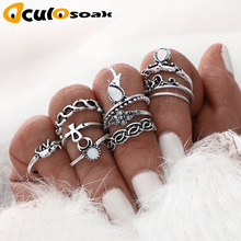 10 Pcs/Set Charm Rings Sets Water Drop Gem Carved Flowers Midi Knuckle Finger Crescent Metal Chain Braided Joint Rings For Women graceful faux gem cross clover water drop charm bracelet for women