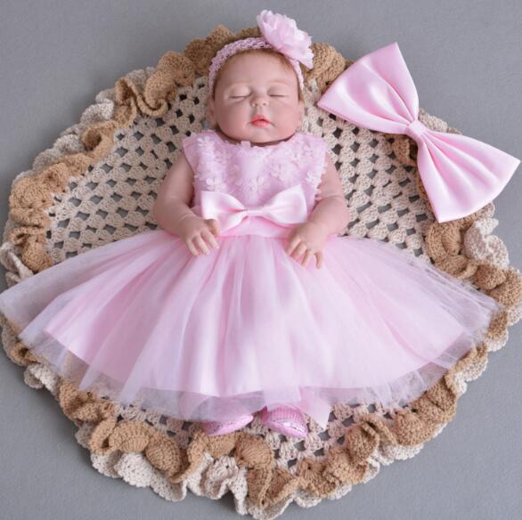 55cm Pink Skin Silicone Reborn Baby Doll + Stuffed Diy Toy Close Eyes Princess Girl Doll For Children Toys Gift Bebes Reborn Dol