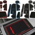 12 Unids/set con logo en etiquetas engomadas del coche del coche estera de la taza ranura Puerta pad para Ford Kuga Escape 2013 2014 2015 LHD Látex antideslizante