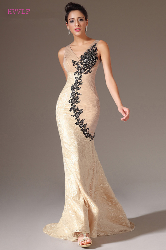 Champagne Evening Dresses 2019 Mermaid V-neck Appliques Lace Backless Plus Size Long Evening Gown Prom Dresses Robe De Soiree