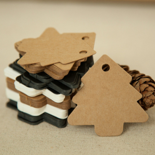 50 stücke 5,5*5,4 cm DIY Kraft Weihnachtsbaum Form fallumbau Weihnachten Party Deco Papierkarten Geschenk tag