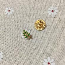 10 шт. масонская булавка с отворотом в виде листьев Акаши, подарок для собратьев, зеленые эмалированные булавки, значки, броши, акация, ВЕТОЧКА, масонская, регалия, металлические поделки