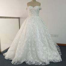 Real Image Fashion Sweetheart Appliqued Beaded Lace Wedding Dresses