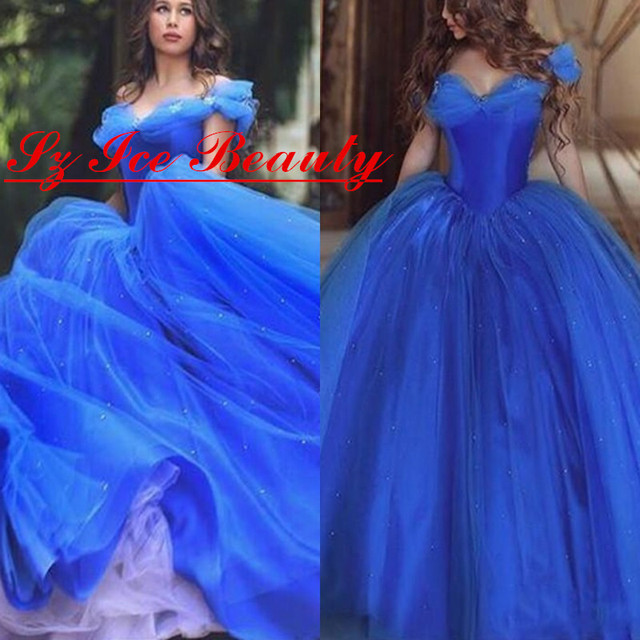 Cinderela Real vestido Azul Fora Do Ombro Vestidos Quinceanera Com Manga Curta Meninas Ruched Tulle Frisada Partido Prom Vestido Vestidos