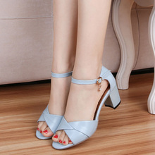 Size 35-39 New 2016 Summer Women Sandals Fashion Thick High Heels Party Shoes T-Strap Rome Style Ladies Beach Shoes