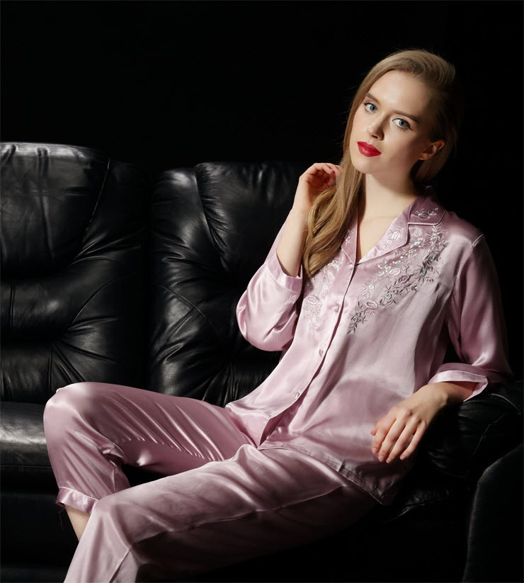 Womens Sleepwear NWT  Pure Silk Ladies Pajamas Set Womens Size M L XL XXL
