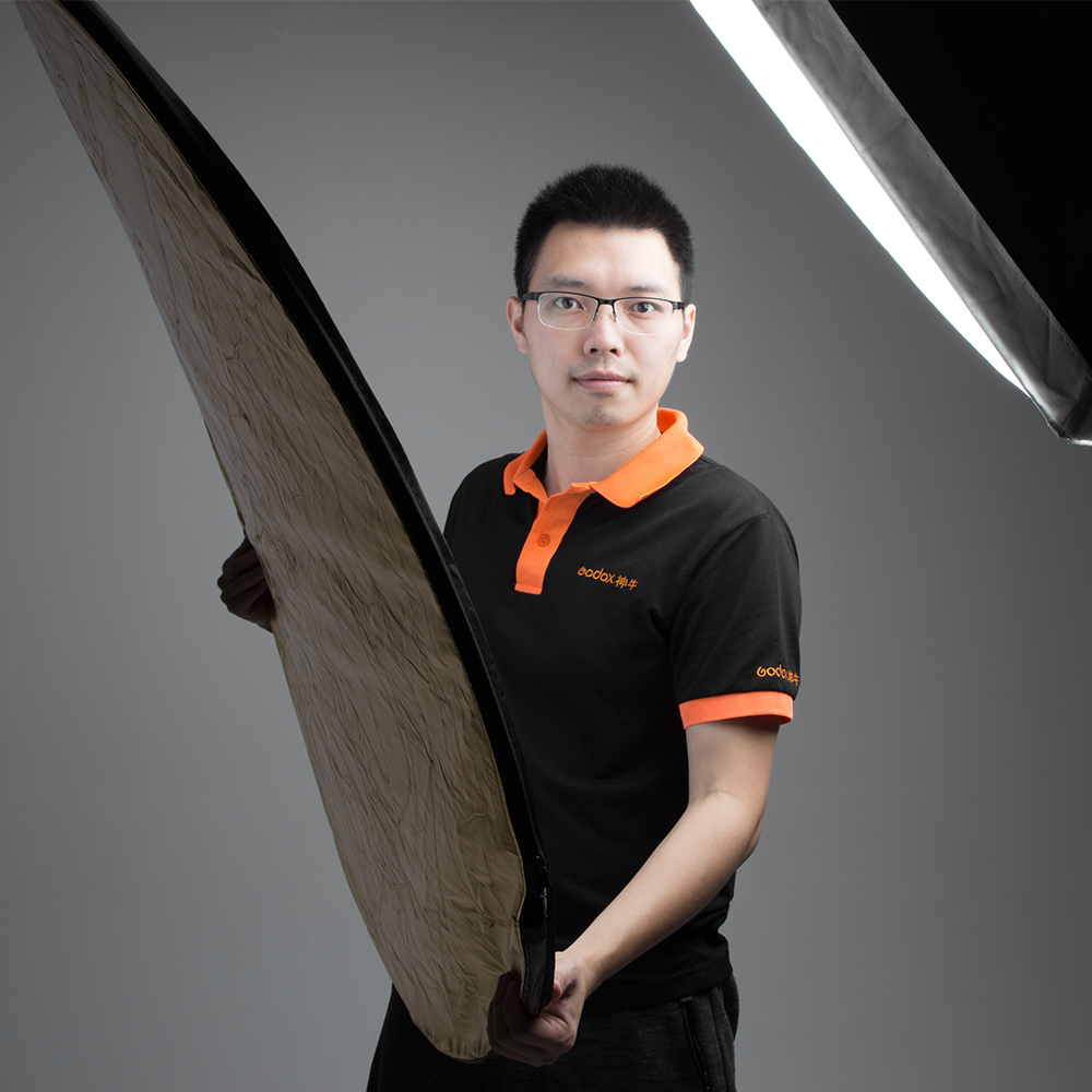 """Godox 43"""" 110cm 5 in 1 Portable Collapsible Light Round Photography Reflector for Studio"""