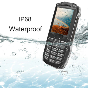 """Image 2 - Blackview الأصلي BV1000 2.4 """"IP68 مقاوم للماء في الهواء الطلق هاتف محمول وعر لوحة مفاتيح روسية المزدوج سيم مصباح يدوي صعبة الهاتف المحمول"""