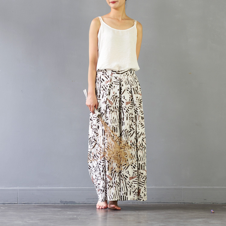 f54f9df67ea 2017 Summer Trousers for Women Elastic Waist Vintage Print Loose Long  Cotton Wide Leg Pants Casual Beach Linen Pants-in Pants   Capris from  Women s Clothing ...