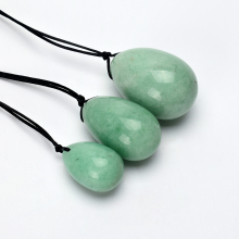 лучшая цена Yoni Eggs Drilled 3pcs Natural Green Aventurine for Kegel Exercise Pelvic Floor Muscles Vaginal Exercise Jade Egg Ben Wa Ball