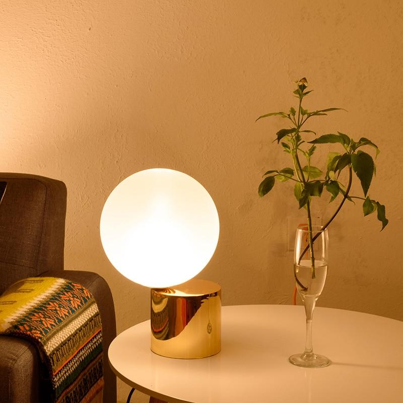 Livewin Modern Table Lamp Luxurious Desk lamp Gold Globe ...