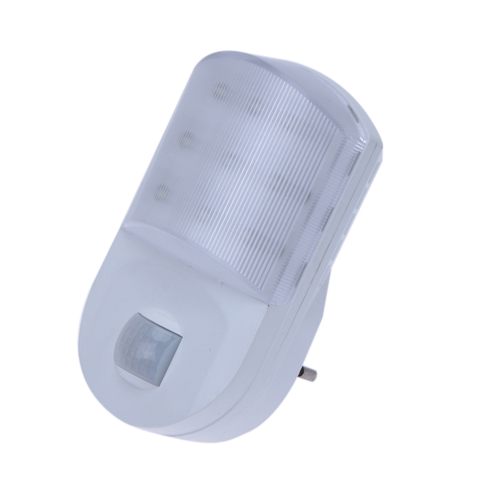 9 LED PIR Motion Sensor Night Light Home Hallway Bedroom Socket Wall Lamp EU Plug SLC88
