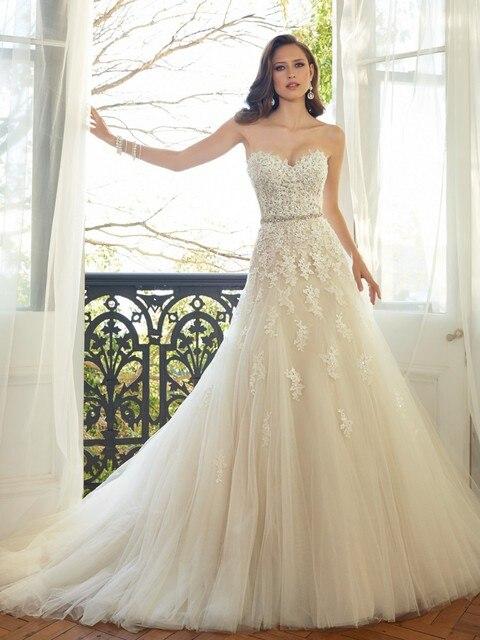 מתוקה אור שמפניה תחרת Applique חתונת שמלה עם צבע ואגלי אבנט כלה שמלות במלאי Robe De Mariage