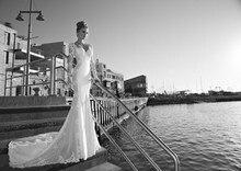 2015 Romantic La Dolce Lace Mermaid Wedding Dresses Portrait Long Sleeve Backless Celebrity Bridal Gowns