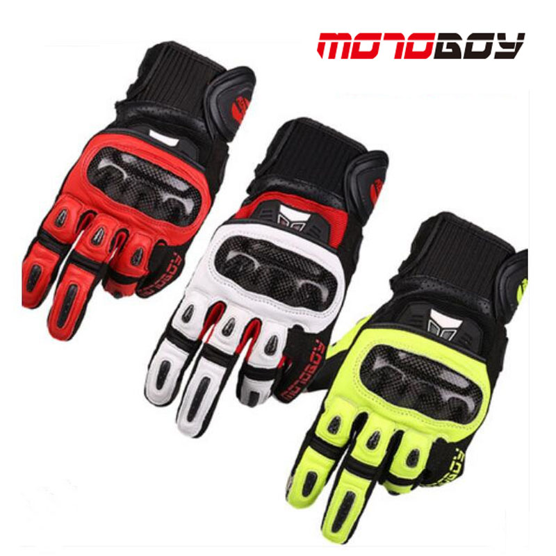 2017 Winter New Motoboy off road motorcycle gloves carbon fiber motorbike glove of the Sheep leather 4 color size M L XL XXL the locomotive car off road motorcycle 4 sets of four summer leggings kneecaps fall proof stainless steel brace length