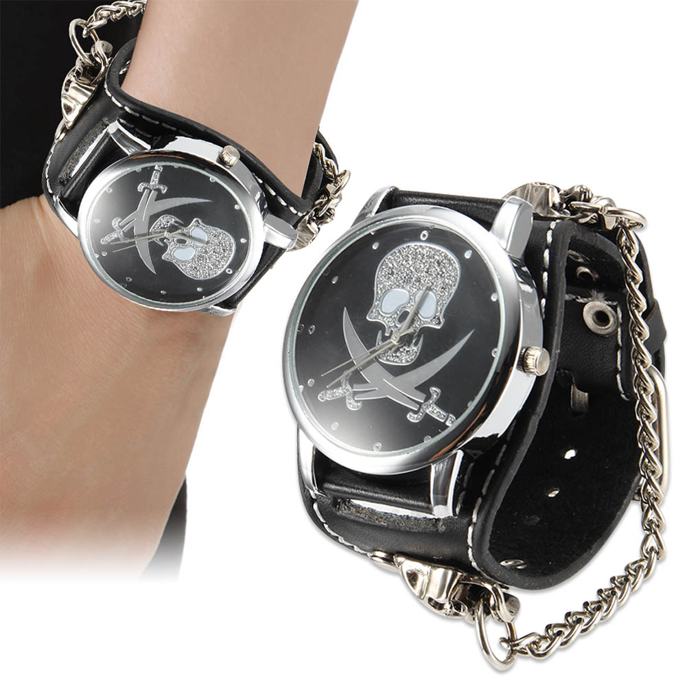 Men Women Punk Style Quartz Wrist Watch with Skull Dial Chain Rivet Strap Cool Watches LXH new arrival cool punk bracelet quartz watch wristwatch skull bullet chain gothic style analog leather strap men women xmas gift