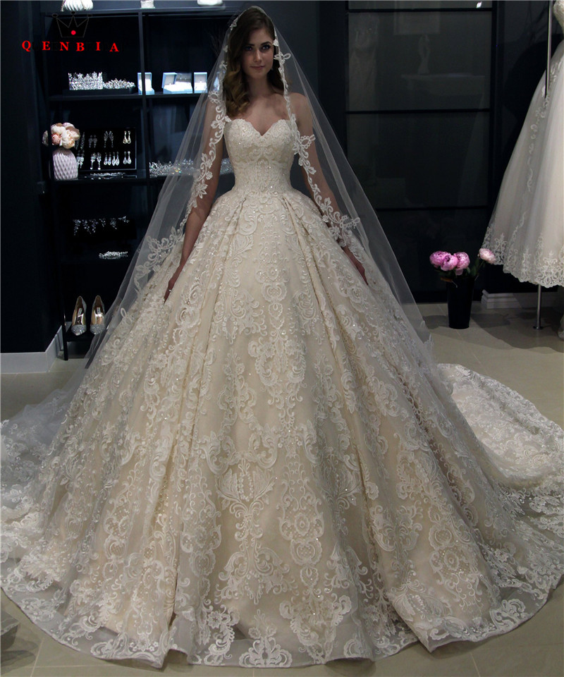 Custom Made Ball Gown Sweetheart Fluffy Lace Appliques Luxury Vintage Long Wedding Dresses Bridal Gowns 2019 New WH24