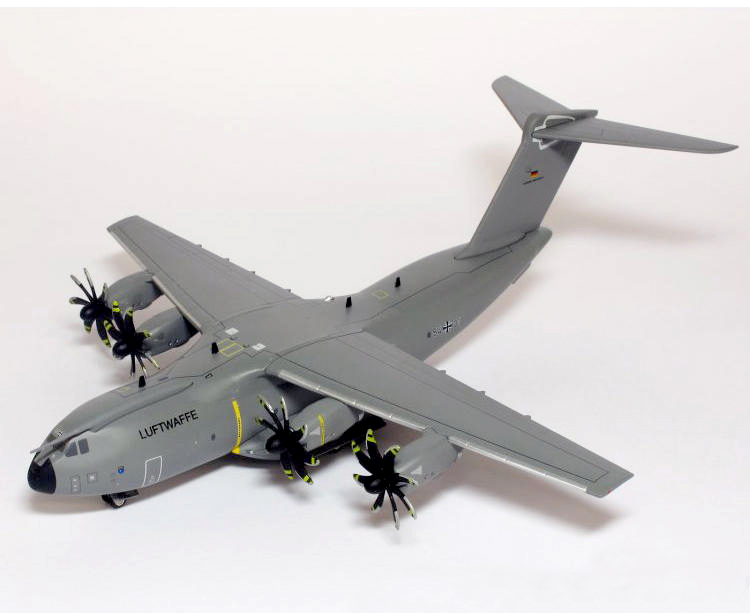 rare Herpa 1/200 German Air Force Airbus A400M tactical transport aircraft 557207 Alloy aircraft model Collection model